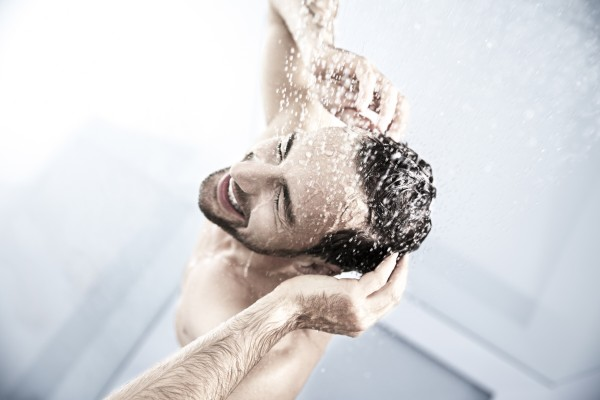 Shower – Image 3 / 3 © Thomas Kettner, Hamburg, http://thomaskettner.com
